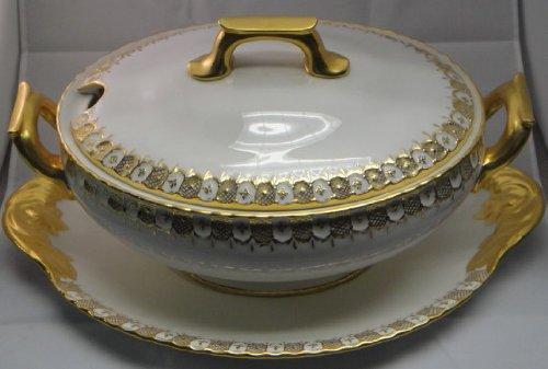 - Royal Crown Derby Heraldic Gold Tureen W/Lid & Underplate