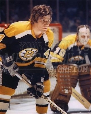 (Bobby Orr Boston Bruins w/Gerry Cheevers road jersey 8x10 11x14 16x20 2039 - Size 8x10 )