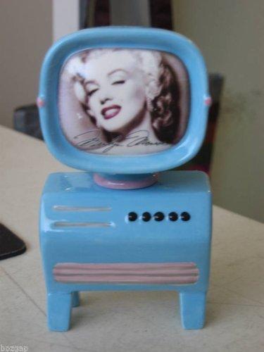 (Vandor Marilyn Monroe TV Salt & Pepper Shakers)