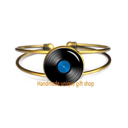 Handmade unique gift shop Dainty Bracelet, Simple Bracelet,V