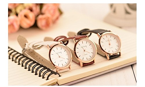 Generic Authentic Korean fashion retro minimalist trend of high school students watch belt Korean version of casual men and women table couple was