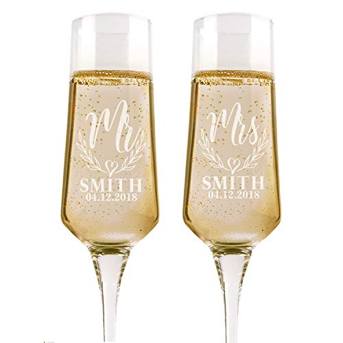 Set of 2, Personalized Wedding Champagne Flutes, Mr Mrs Heart, Toasting Glasses for Bride and Groom, Wedding Toast Glasses - Wedding Registry By Brides Name, Wedding Gift ()