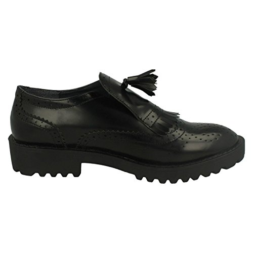 Spot On Ladies Brogue Patterned Slip On Shoe With Fringe Detail Black 8jdPxD