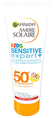 Garnier Ambre Solaire Kids Sensitive expert+ Sonnenmilch LSF 50+, Sonnencreme Kinder mit sehr hohem Sonnenschutz, 200 ml