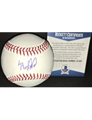 Luis Robert Chicago White SoxAutographed Signed Official Major League Baseball BECKETT WITNESS COA