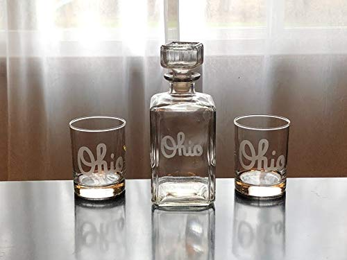 Script Ohio Whiskey Decanter Gift Set - Gift Set of 1,2, or 4 Glasses and Decanter - Ohio State - Buckeyes - Columbus - ()