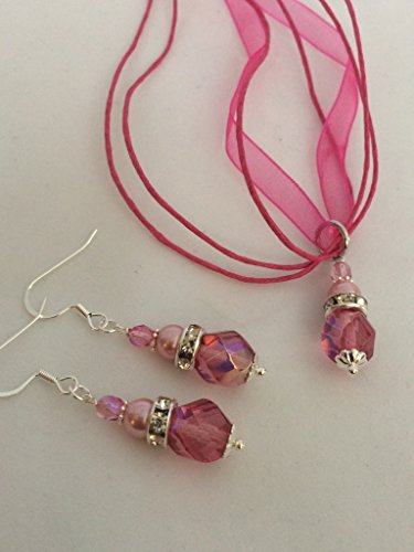 (Dark Pink & Crystal Ribbon Necklace and Earring Set)