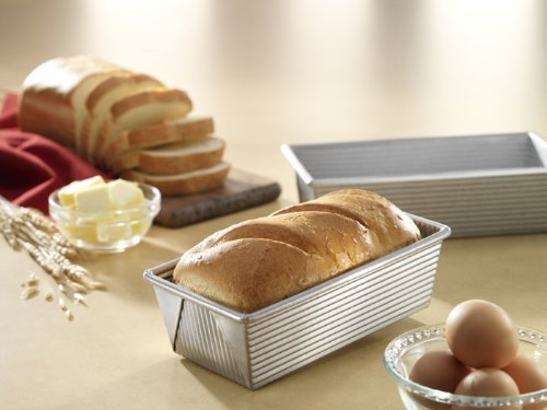 Kitchen 1 Pound Heavy Gauge Commercial Steel Bake Meat Loaf Pan with Scraper Combo by FNG Homestead