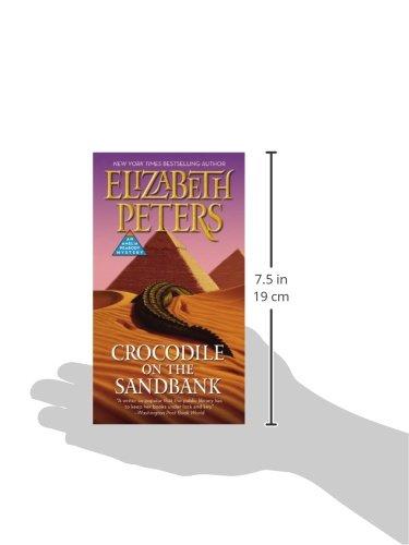 Crocodile-on-the-Sandbank-Amelia-Peabody-Book-1