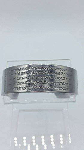 - Thai amulet Bracelet Yant 5 Row by Kruba Krissana bring wealth, money, good trade, protection, lucky bracelet , prevent dark magic. Thai occult sorcery. Women jewelry 5.5 cm x 5 cm.