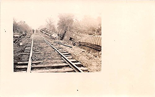 - Railroad Wreck 1915 Hamestead, Iowa postcard