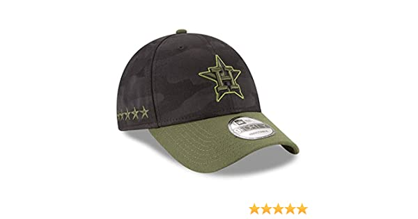 6c177817638a18 Amazon.com: New Era Houston Astros 2018 Memorial Day 9FORTY Adjustable Hat:  Clothing