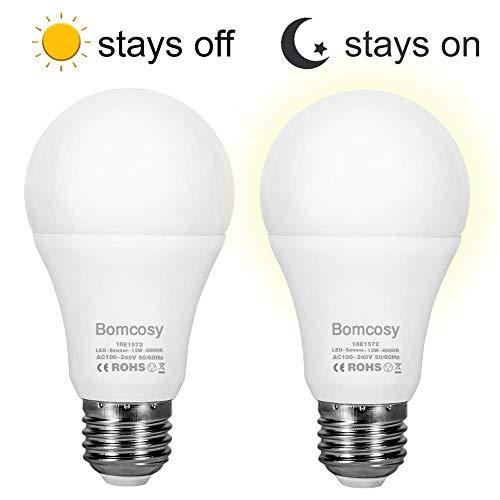 Sensor Light Bulbs Dusk to Dawn Light Bulb 12W E26 1000 Lumen Automatic LED Bulbs with Auto On Off Indoor Outdoor Light Bulb for Porch Hallway Patio Garage Daylight 2 Pack