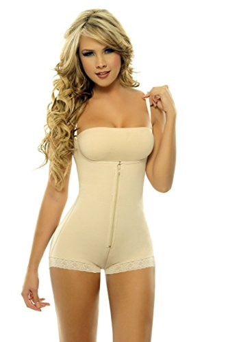 Shapewear girdle that lifts the bust line controls the ab...