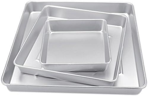 Wilton Performance Pans Square Cake Pans Set, 3 Piece – 8, 12 and 16-Inch Cake Pans