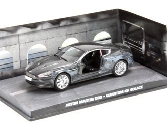 Nice Aston Martin DBS With Damage Detail Diecast Model Car From James Bond  Quantum Of Solace