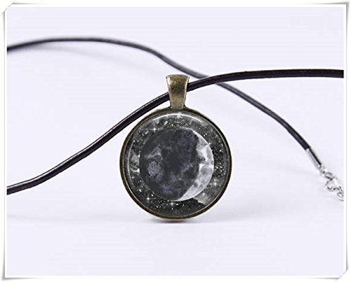 (Beautiful Dandelion Waxing Crescent Moon Necklace Moon Pendant)