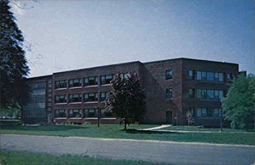 Charles A. Eisenfelder, 1978 Medical Complex, Masonic Home Burlington, New Jersey Original Vintage Postcard -