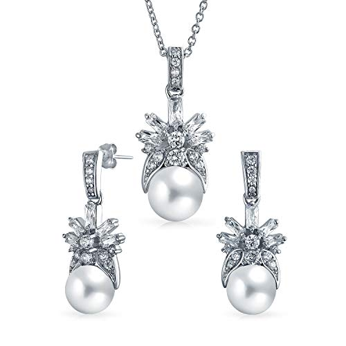 White Simulated Pearl Solitaire Holiday CZ Leaf Pendant Necklace Stud Earring Bridal Jewelry Set for Women Silver Plated