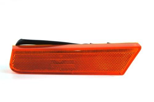 Genuine Nissan Parts 26185-7Z800 Driver Side Front Marker Light Assembly