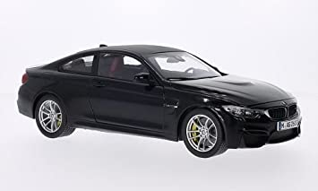 Bmw M4 Coupe Schwarz Carbon Modellauto Fertigmodell I Paragon 1