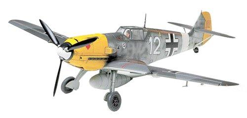 Tamiya 300061063-1: 48WWII Model Set Messerschmitt BF109E-4/7 Trop