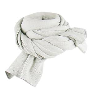 Je viens de recevoir mon écharpe   elle est longue, large et chaude. La  matière est très douce et ne peluche pas sur les vêtements, la couleur très  très ... 22c86d1a26e