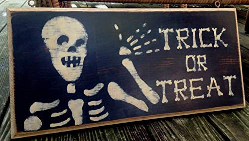 weewen Trick Or Treat Sign Halloween Sign Skeleton Sign Vintage Style Sign Distressedblack and White Porch Sign Door Decorative Wood Signs with Quotes Home Plaque]()