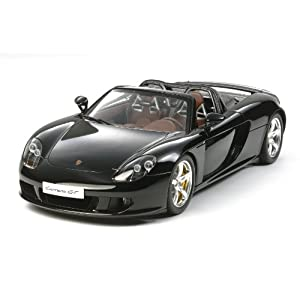 2021 Porsche Taycan introduced 3