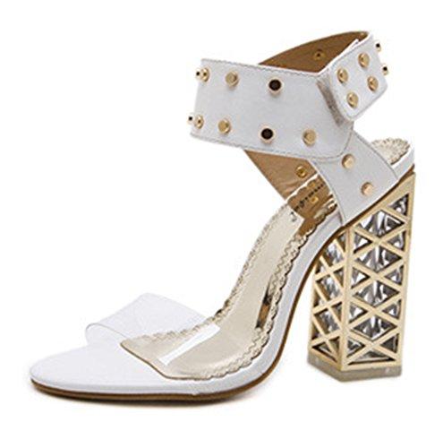 Aisun Damen Transparent Kunststoff Offene Zehen Niete Klettverschluss Blockabsatz Sandale Weiß