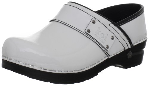 Sanita Women's Lindsey Closed Patent Clog,White Patent,37 EU/6.5-7 M (Patent Leather Clogs)