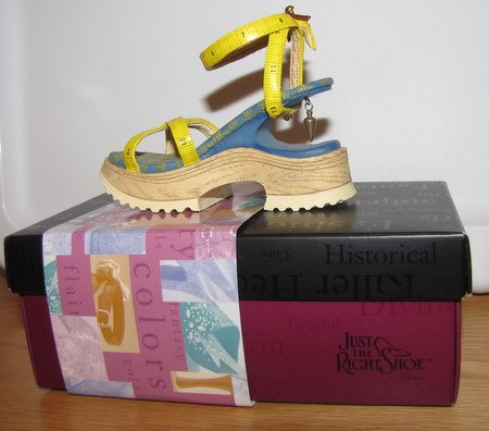 Just The Right Shoe - Custom Made Retired - Shoe Figurine Occasions Gift 25115-JTRS
