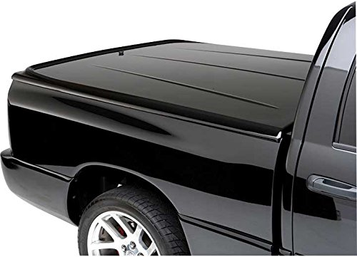 UnderCover LUX Painted One-Piece Truck Bed Tonneau Cover, Black | UC1116L-41 | fits 2014-2018 Chevrolet Silverado & 2019 Legacy 5.8ft Short Bed Crew/Ext 41(GBA)(WA8555) - Black (2014 1500 Only, 2015-2019 1500,2500, 3500)