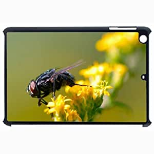 Customized Back Cover Case For iPad Air 5 Hardshell Case, Black Back Cover Design Fly Personalized Unique Case For iPad Air 5