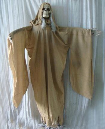 - Morris Costumes Light Up Hanging Ghoul Prop