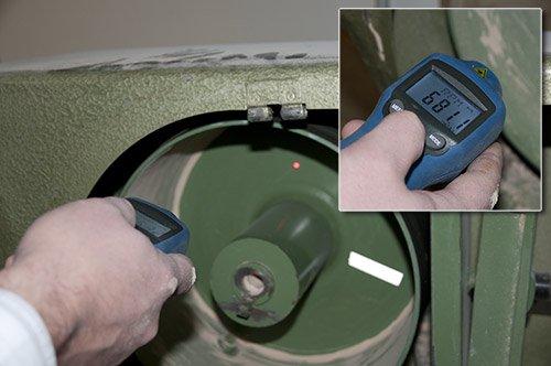 mediante l/áser o mediante un adaptador mec/ánico Tac/ómetro para medici/ón sin contacto PCE Instruments PCE-DT 65