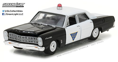 HOT PURSUIT SERIES 23 ASSORTMENT - 1967 FORD CUSTOM 500 - STATE POLICE NEW JERSEY (BLACK & WHITE) Diecast Model Car By Greenlight (Ford Custom 500 Police Car)
