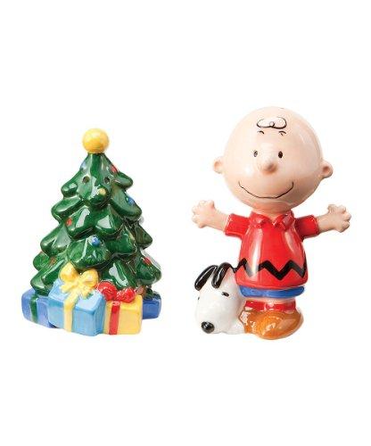 (Peanuts Charlie Brown Christmas Tree Salt & Pepper Shaker Set)