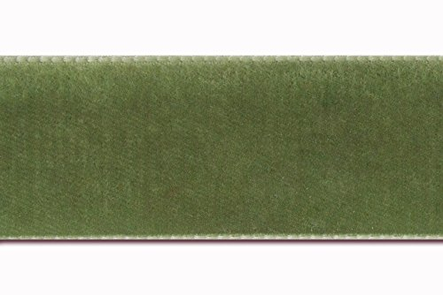 7/8 velvet ribbon in moss green