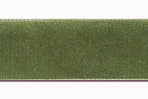 7/8 velvet ribbon in moss green