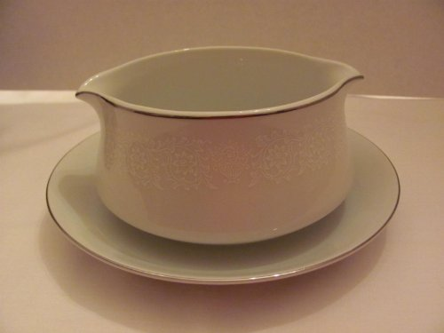 (Vintage - LOVELACE - GRAVY BOAT with Attached Underplate / Drip Plate (approx. 7 1/4