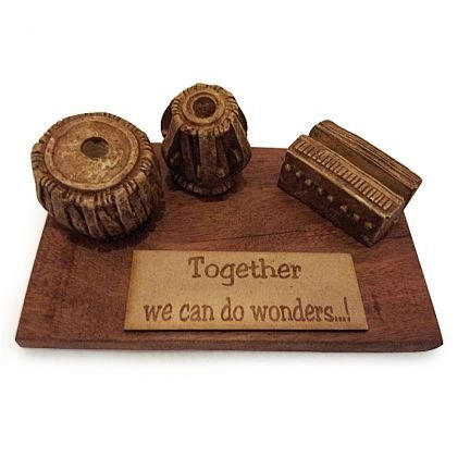 Karigaari India Together We Can Do Wonder Card & Pen Holder