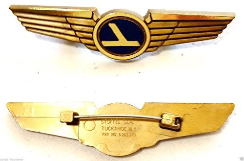 Aviator Kids Pilot Wings Plastic Pins Lot of 5 by Aviator (Image #1)