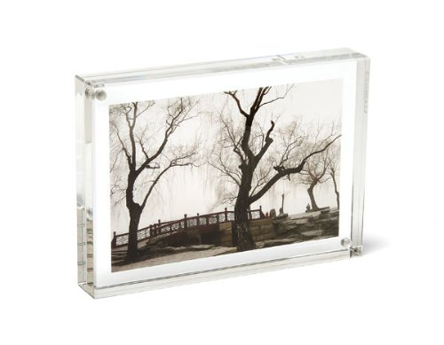 ORIGINAL MAGNET FRAME by CANETTI  6'' x 8'' by Canetti