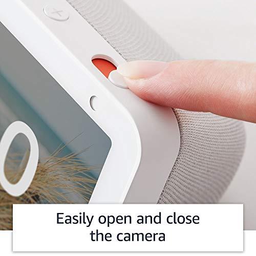 Introducing Echo Show 5 – Smart display with Alexa – 5.5″ screen & crisp sound (White)