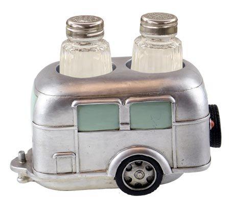 Wilcor GFT3398 Salt & Pepper Holder, One Size, Silver