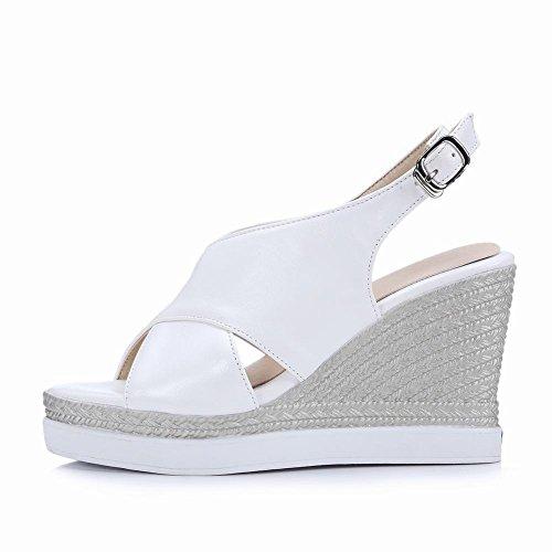Carolbar Kvinna Slingback Spänne Peep Toe Mode Retro Plattform Kilar Sandaler Vita