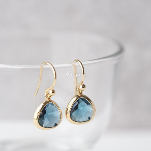 Crystal Glass Simulated Blue Sapphire Drop Earrings (Drop Gold Sapphire)