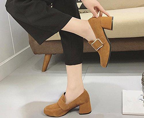 2017 lado del resorte solos zapatos hebilla hembra con hebilla altos talones de cuero de metal con zapatos mate apricot