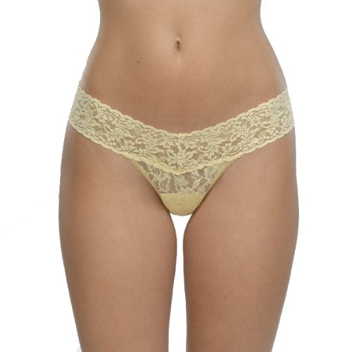Hanky Panky Signature Lace Low Rise Thong, One Size, Butt...